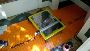 setting up my new tile cutting wet saw