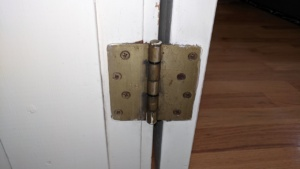 the old brass hinges in our house were ugly, at least to me