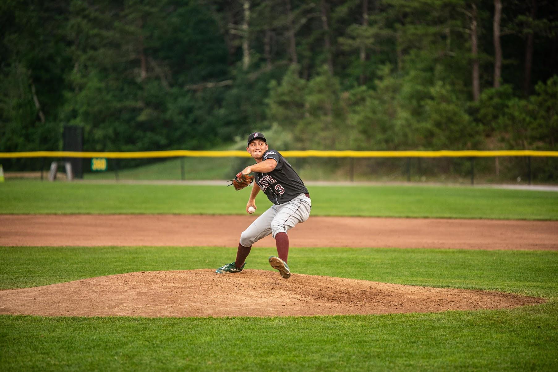 Jack Jasiak pitching