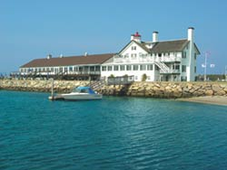 The Lighthouse Inn and Waterfront Restaurant