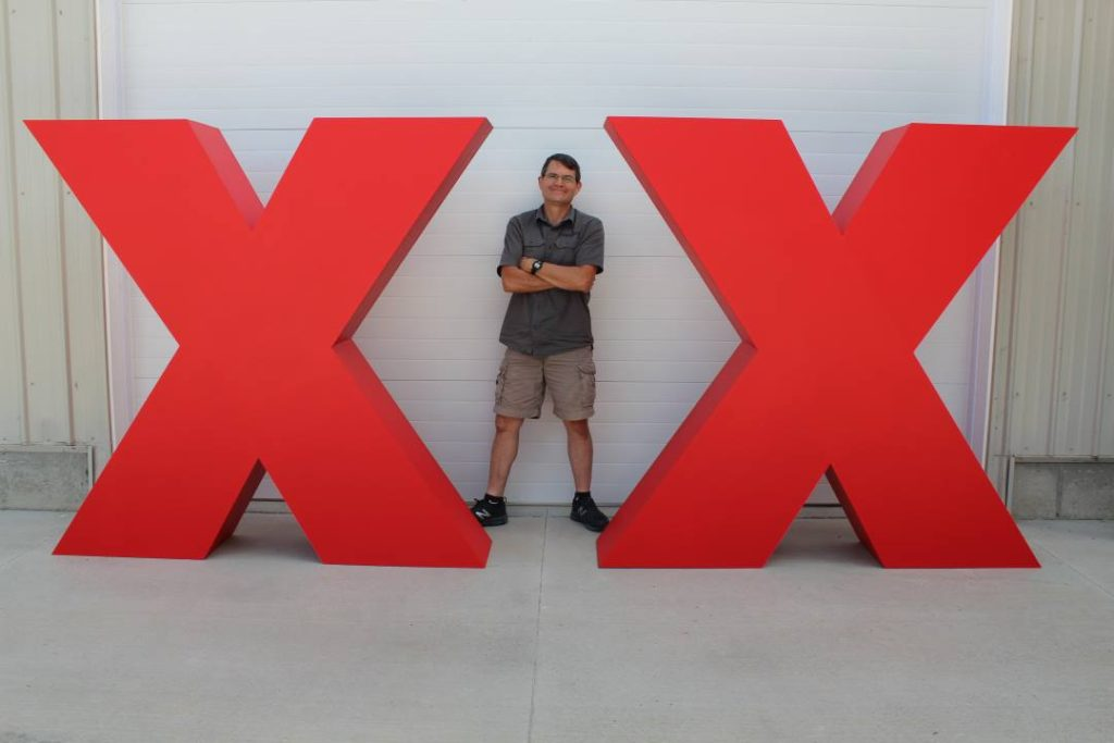 Ted X, signs, large letters