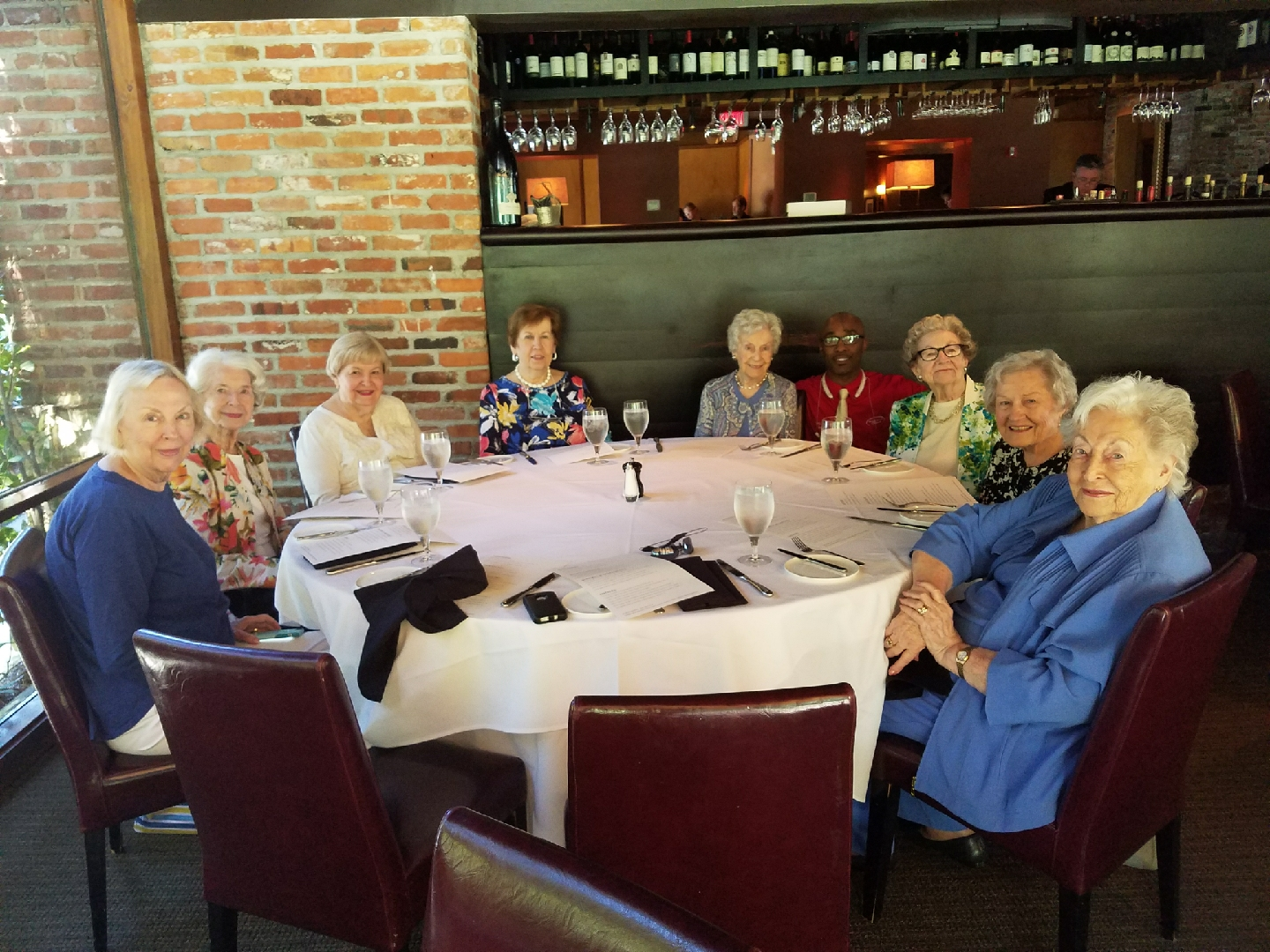 Ladies having lunch with discount
