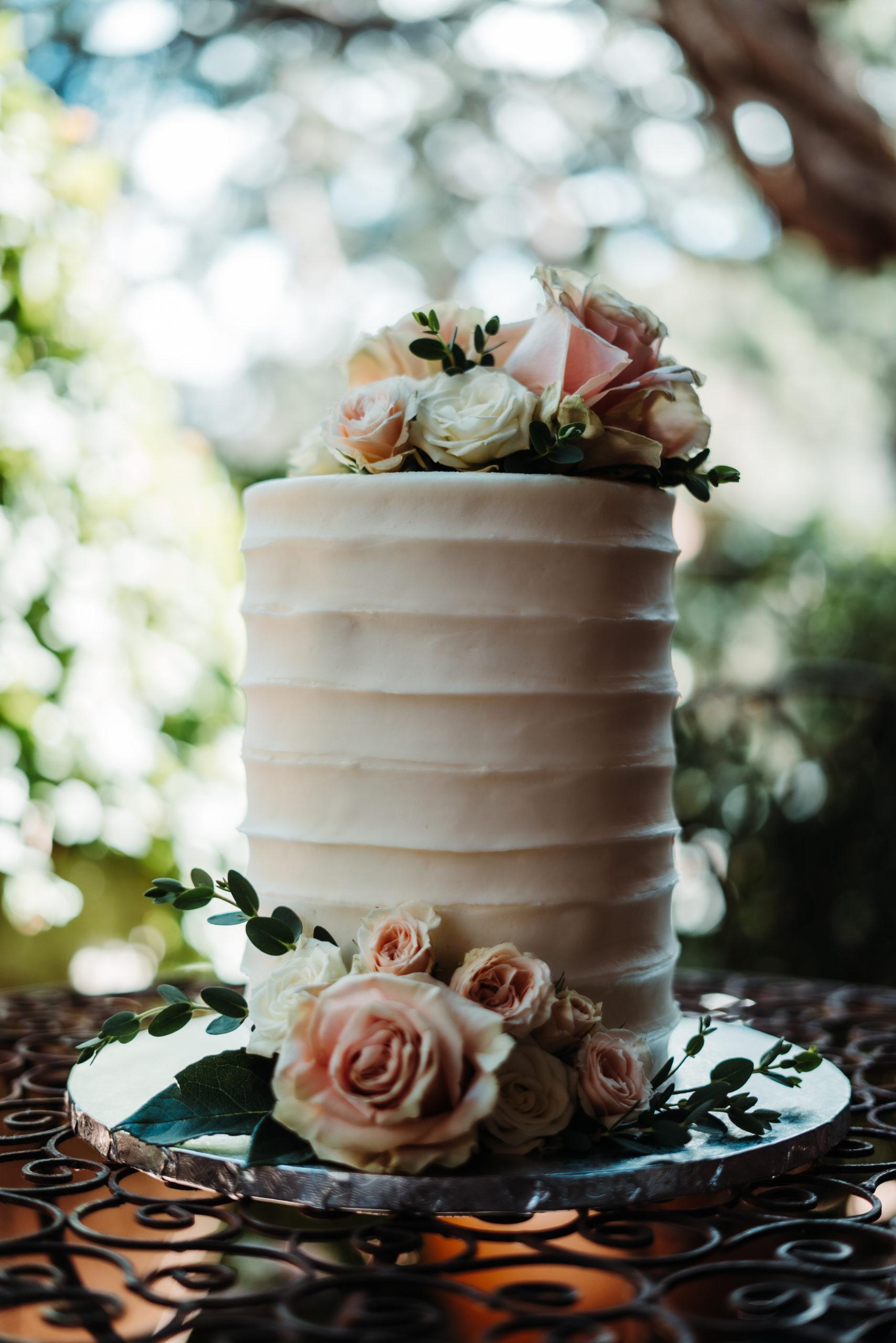 sedona wedding cake
