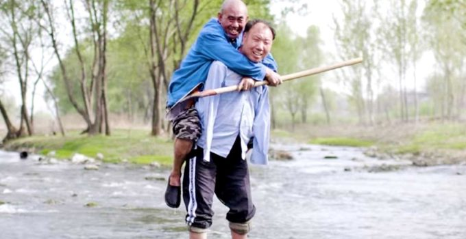 Blind Man And His Armless Friend Spend 10 Years Planting 10,000 Trees In China To Save Their Village From Flooding