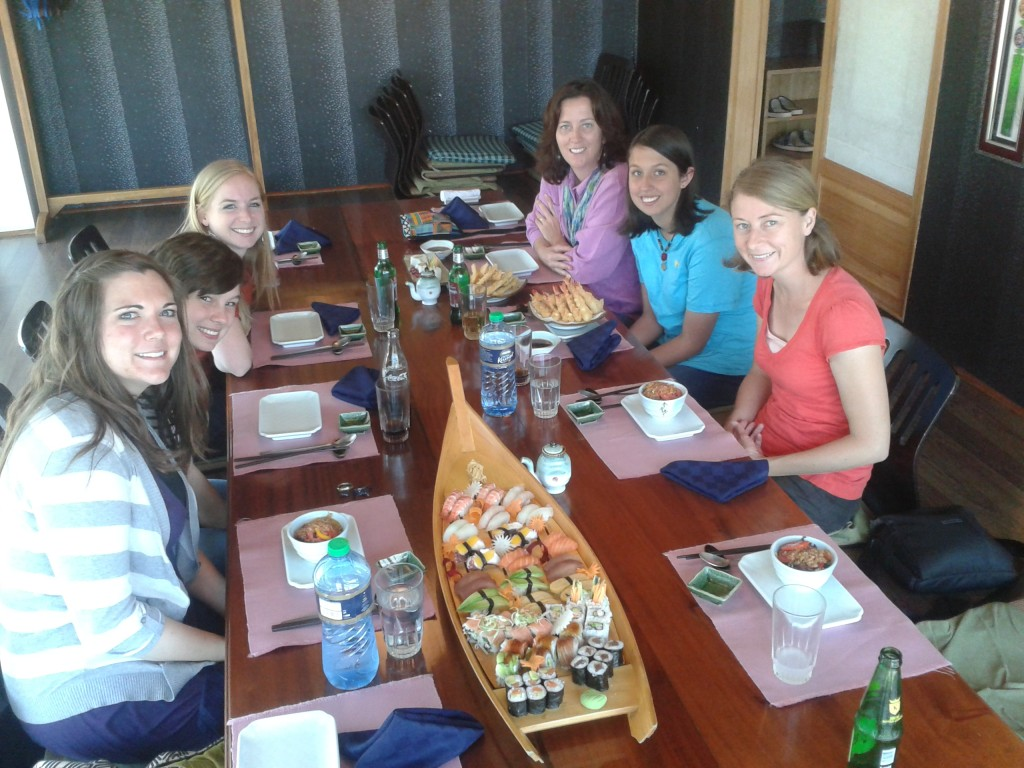 18-Sushi with sweet friends