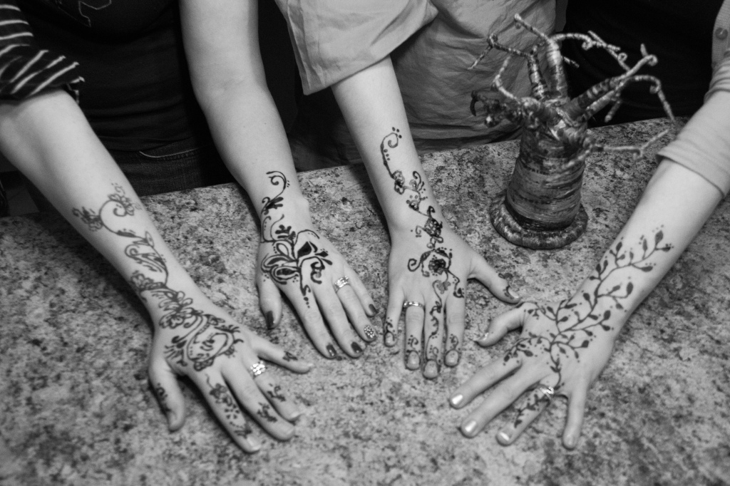 12.52-hands or feet- This was a special one this week as some dear ladies and I got together to share about life and parenting over henna...these woman have been a part of my life since college and mean so much to me...
