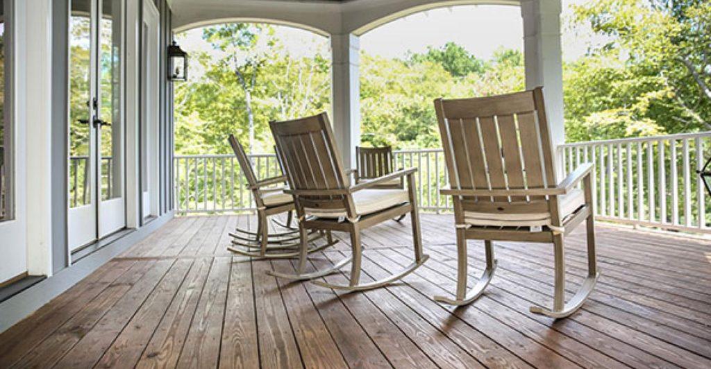 rocking-chairs-retirement-john-stephenson-istock-thinkstockphotos-485242300_0