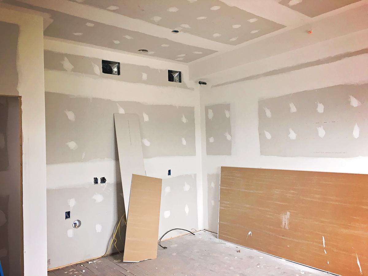 Lofts Get Drywall
