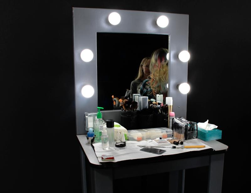 Makeup Table Rentals Las Vegas   JR Lighting