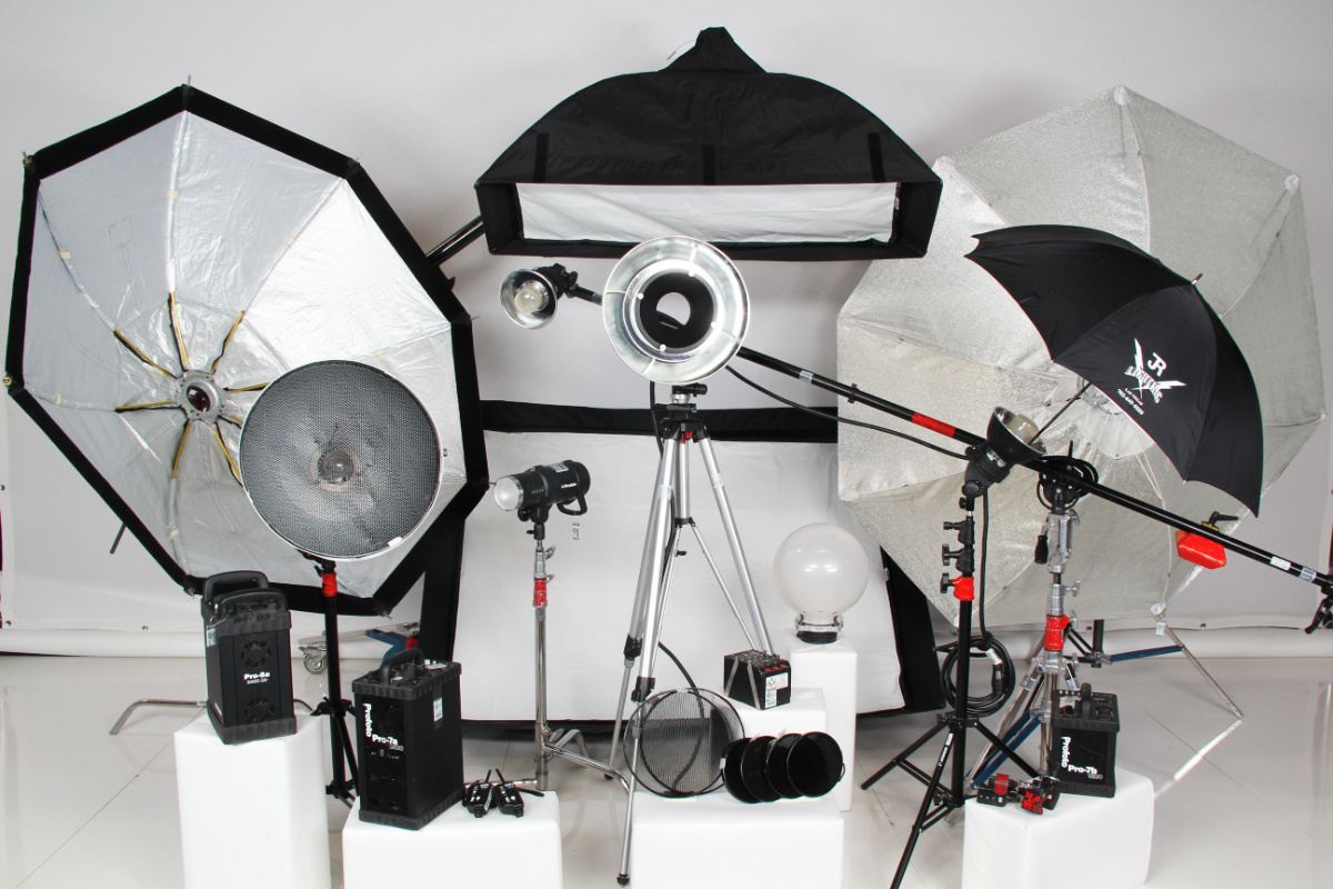 JR Lighting - Professional Photography Lighting Rentals