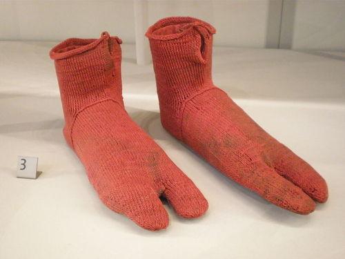 Socks real origins, quien creo las primeras medias