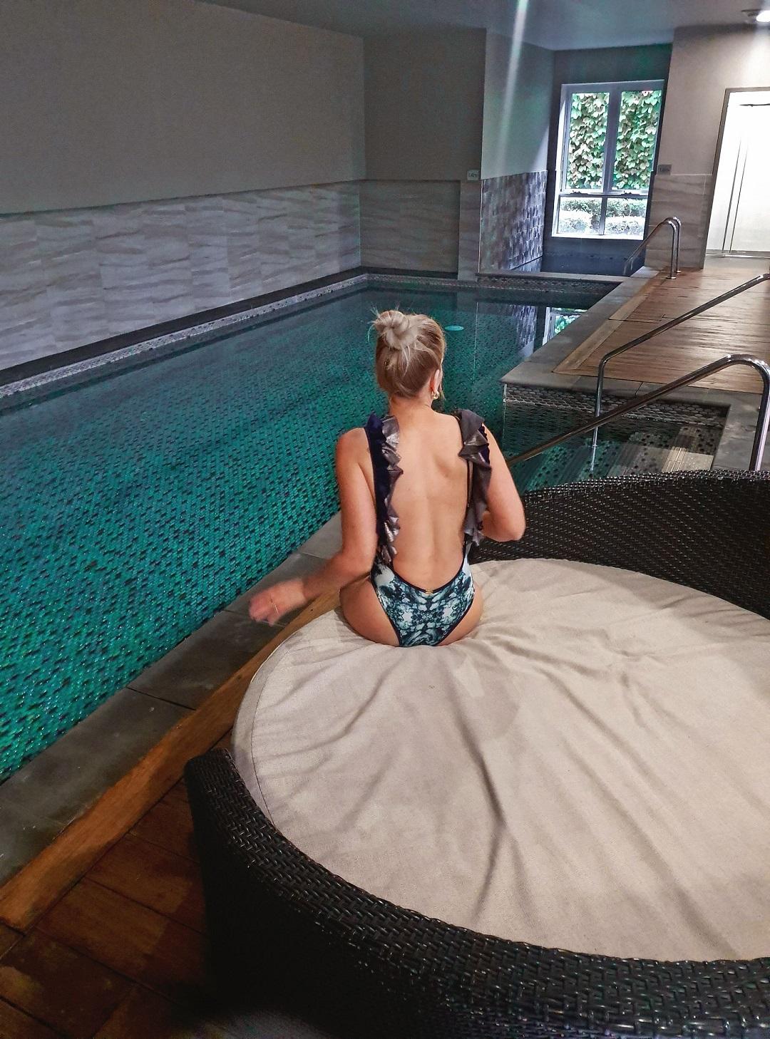 Bowral hotel indoor heated pool
