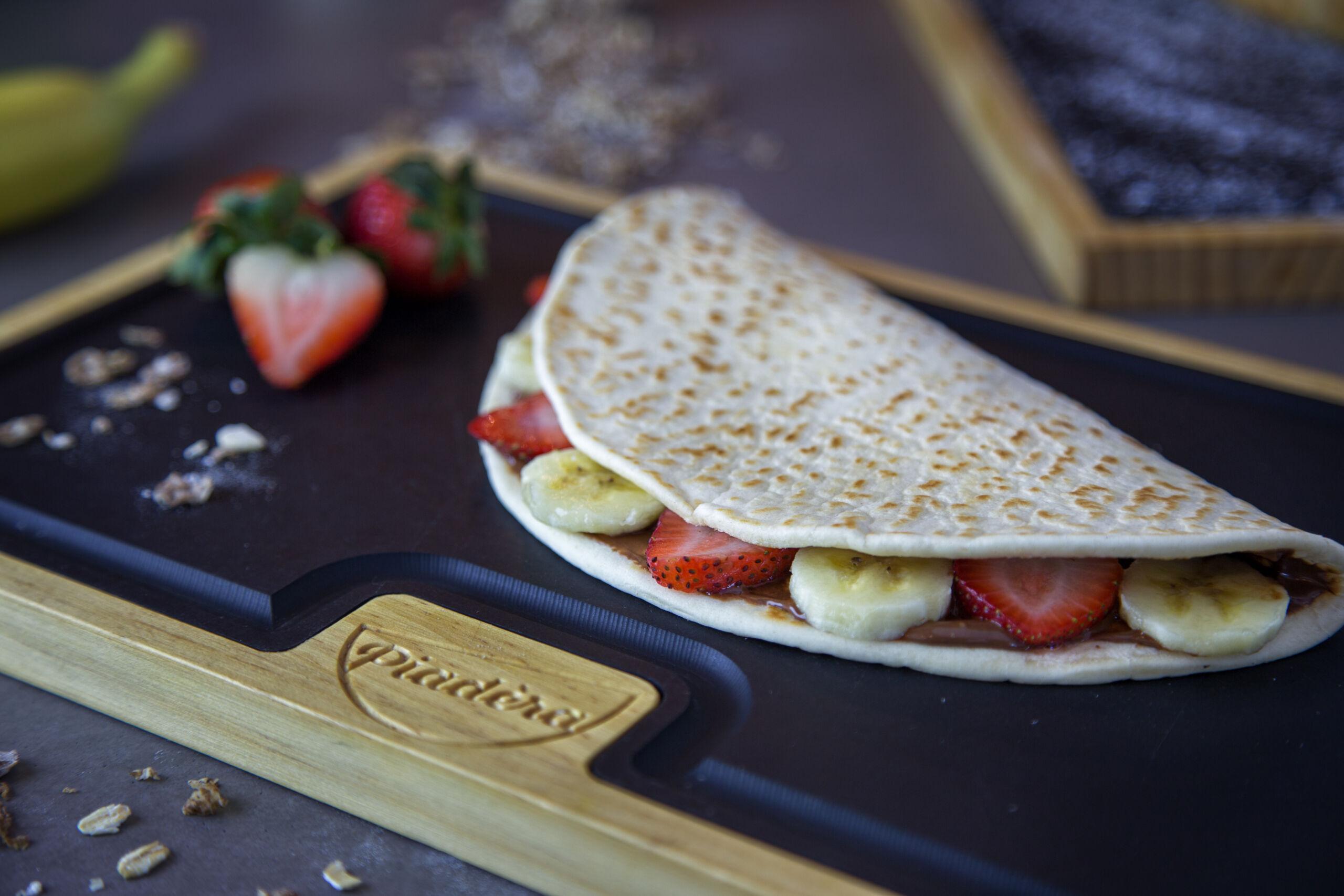 piadera Copy-of-NUTELLA-FLATBREAD-scaled our menu