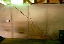Foundation settlement crack