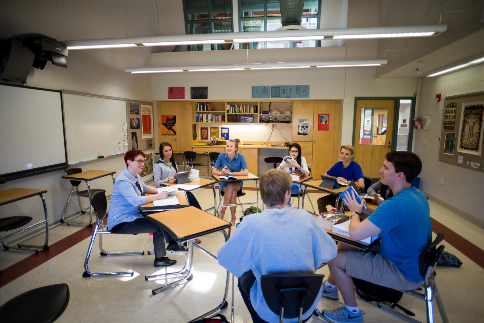 American Literature: Students engage in a graded discussion on one of the books they are reading, acquiring group information for their essays.