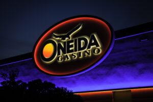 Oneida, casino, gaming, signage, Gable, Oneida Casino, Green Bay, visual solutions, led lighting