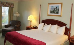 Bar Harbor Grand Hotel | Deluxe King Room