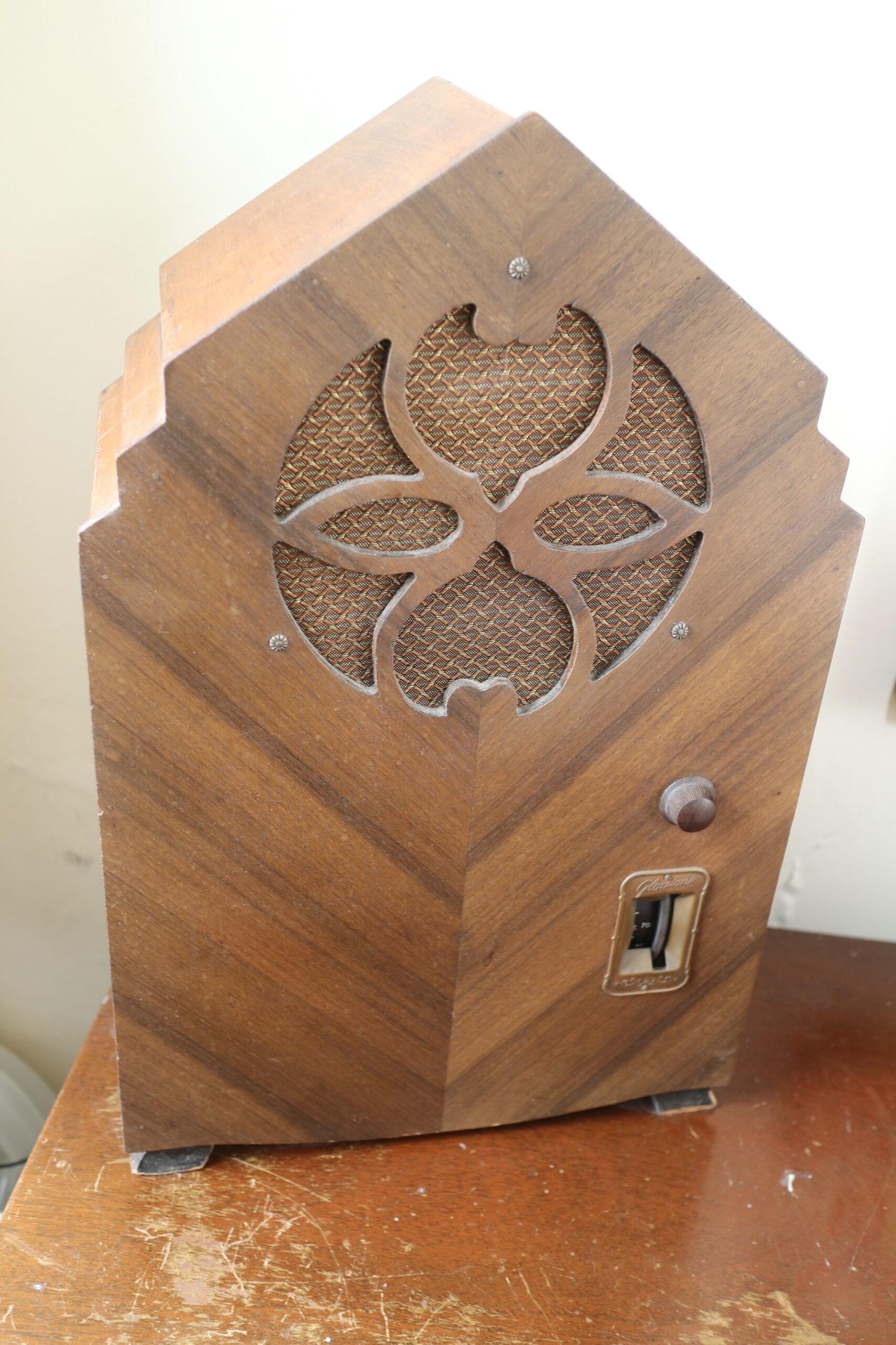 PARS Gloritone Antique Radio