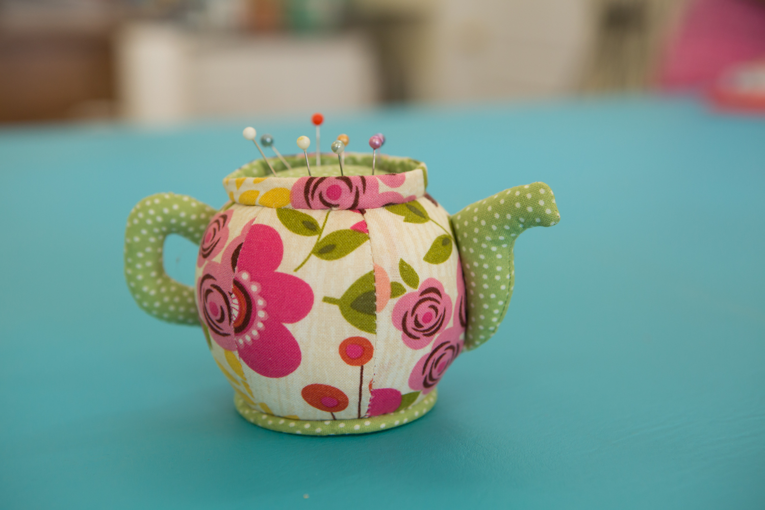 tea-pot-sewing