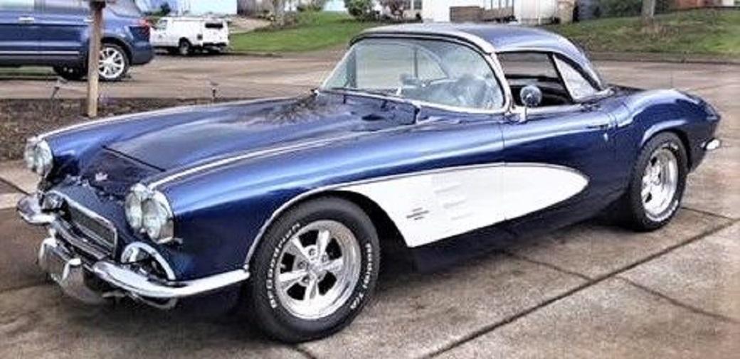 1961 Chevrolet Corvette Convertible Resto-mod - Edelbrock 350 CID, 363Hp