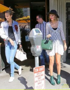 Become a bodyguard - An ESS Graduate Protecting Taylor Swift