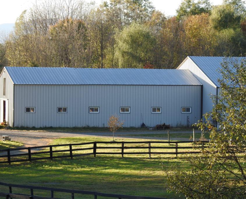 Photo of barn at Trinity Equestrian Center