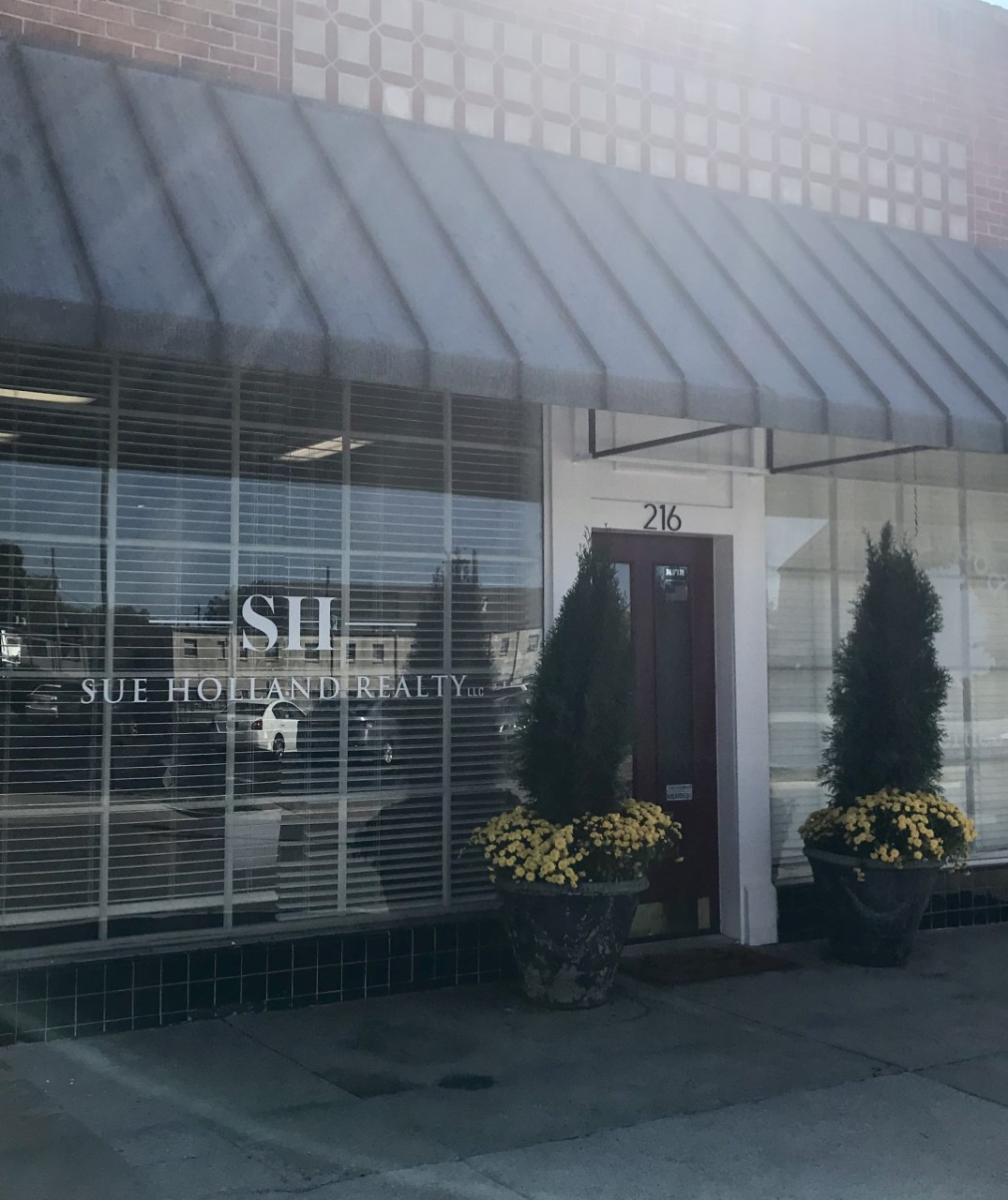 Sue Holland Realty Office