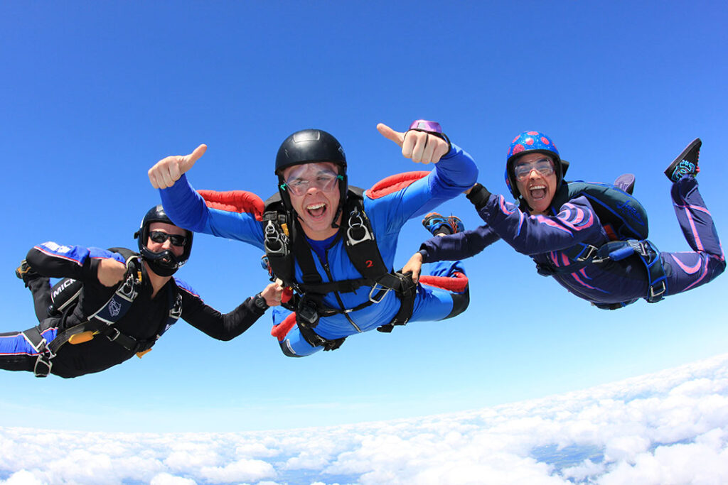 Accelerated Freefall / Learn to Skydive