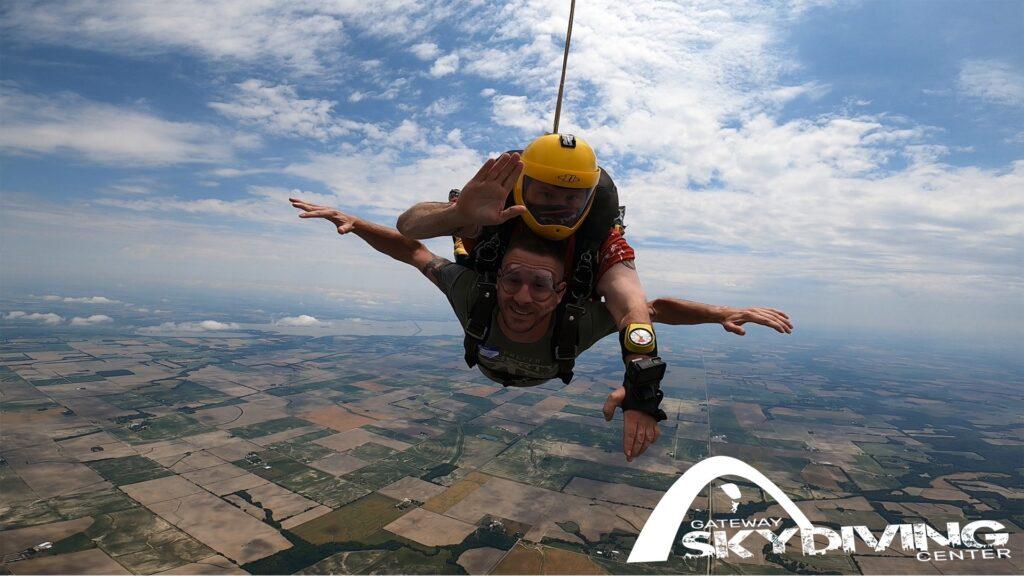 skydiving in Saint Louis