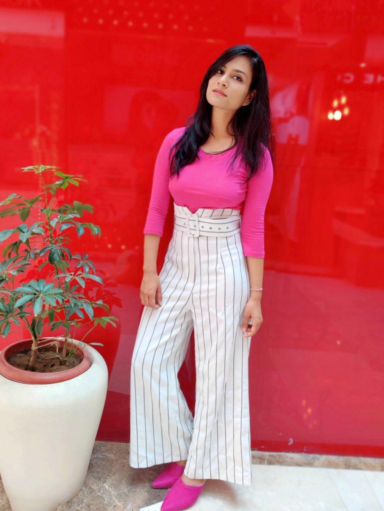 white-high-waist-palazzo-pants-magenta-top