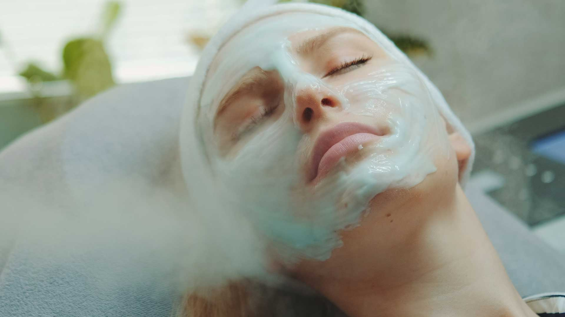 The ultimate buying guide to the facial steamer for glowing skin