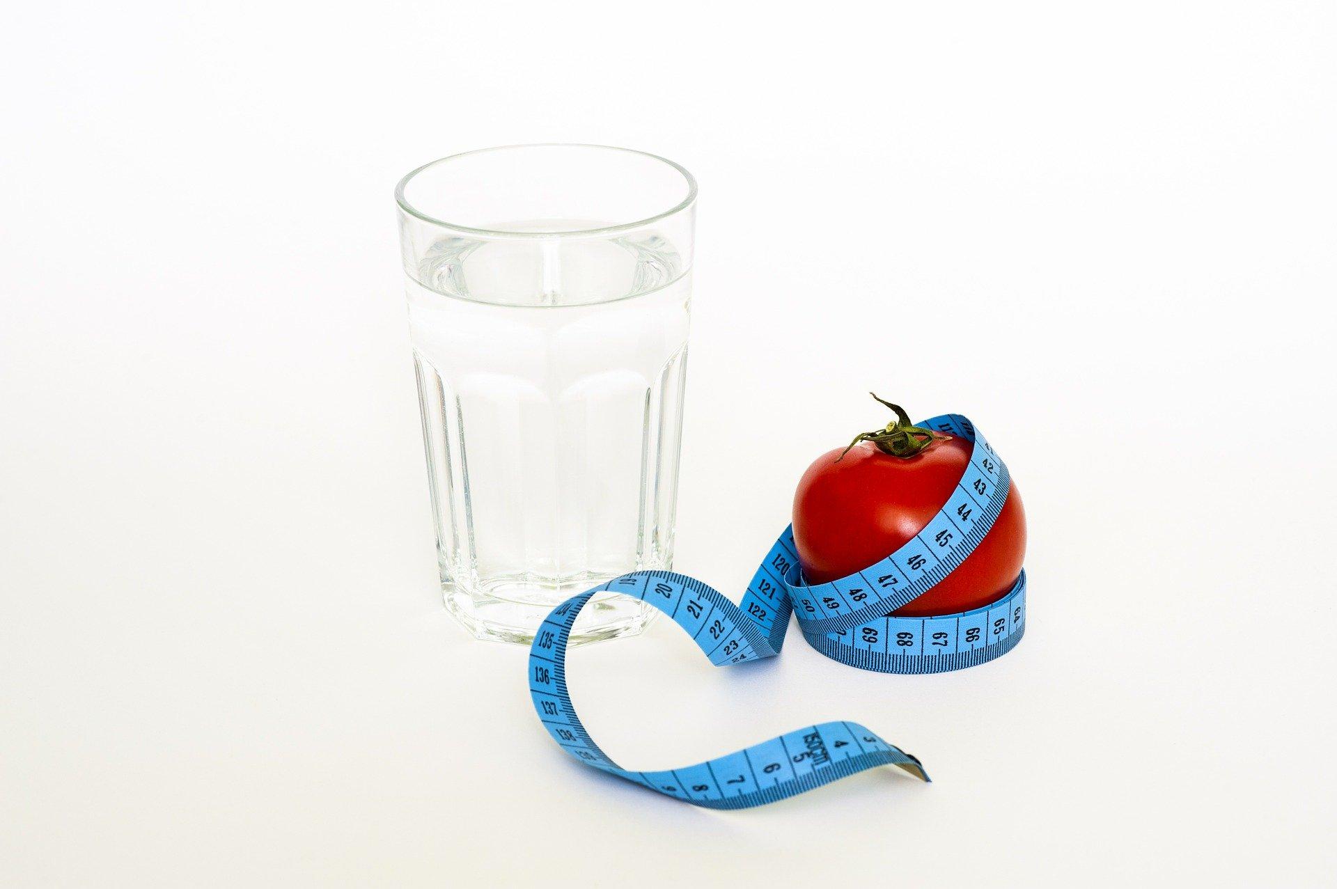 7 Food Habits to Combat Hormonal Imbalance
