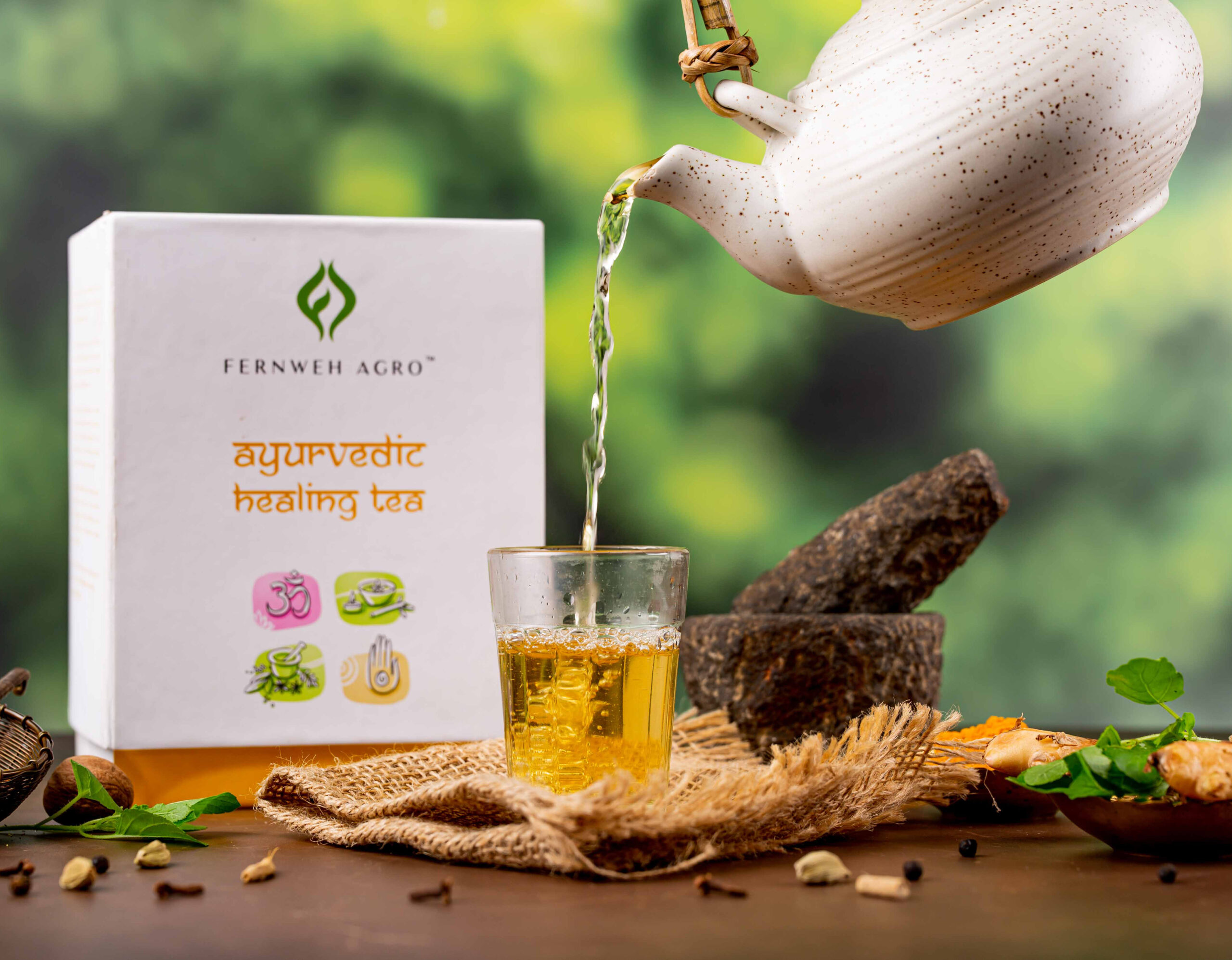 Fernweh Agro Ayurvedic Healing Green Tea exhibits the health-benefit aesthetics of Ayurveda culture. The herbal infusion surrounding the tea includes turmeric, black pepper, ashwagandha, rooibos, clove, ginger, tulsi, liquorice, and organic green tea. It is a remedial beverage that profiles piquant but soothing notes, spicy-citrusy aroma with mild pungent undertones, and radiant Tuscany visuals. This tea heightens the immunity defence to alleviate overall health wellness.