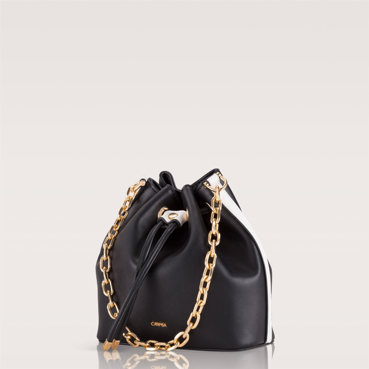 Bucket bag Rebecca priced at INR 4599