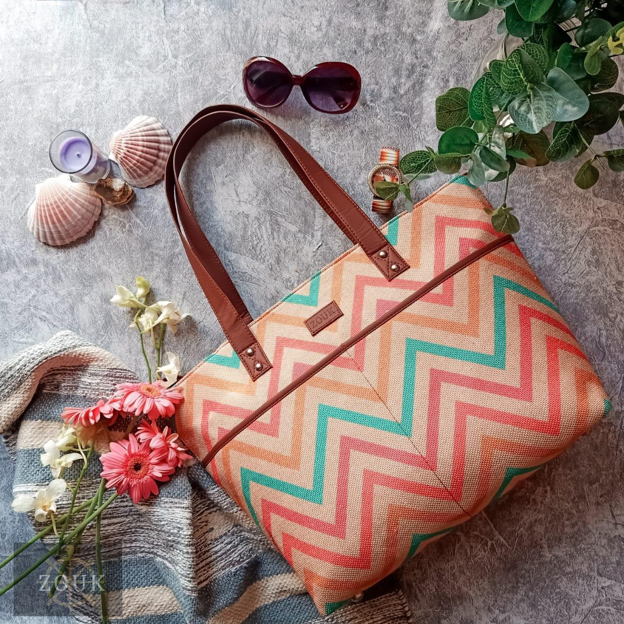 WavBeach Tote Bag