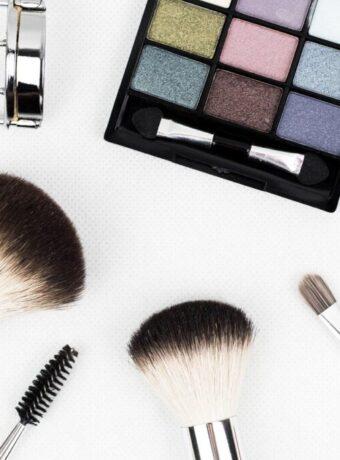 makeup-brushes-1761648_1280