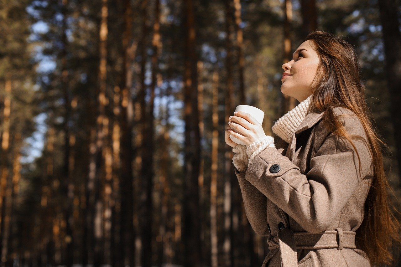 Holistic Ways to Maintain the Glow on the Face in Winters