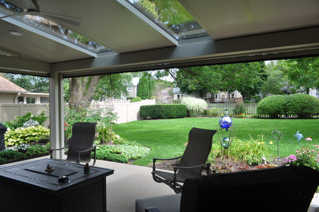 Screen room and landscaping
