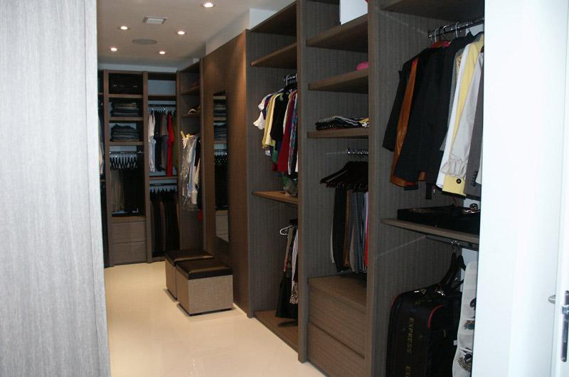 Custom Closet with Rods
