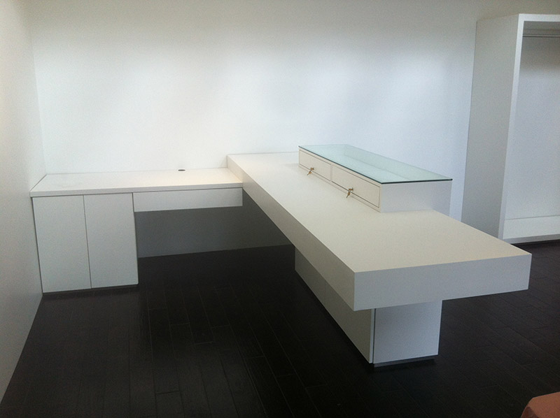 Custom retail counters and desks