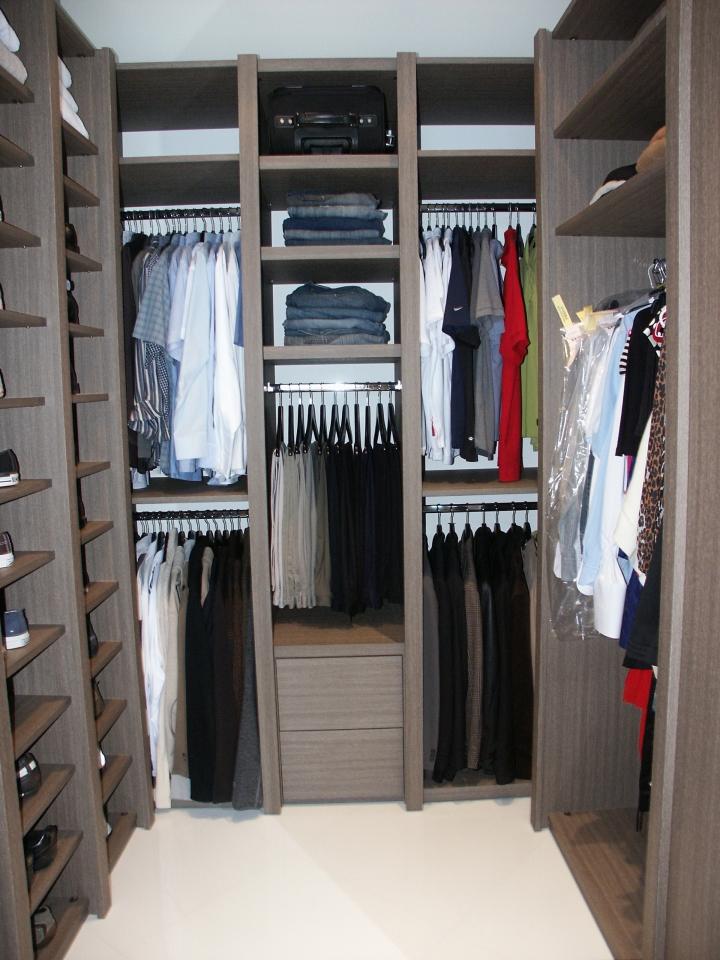 Custom Builtin Closet