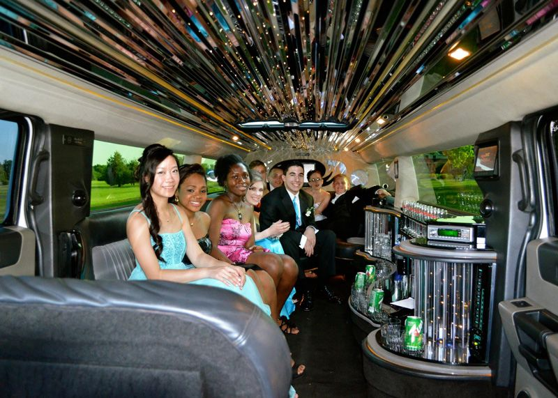 Round Rock TX Prom Limo Service