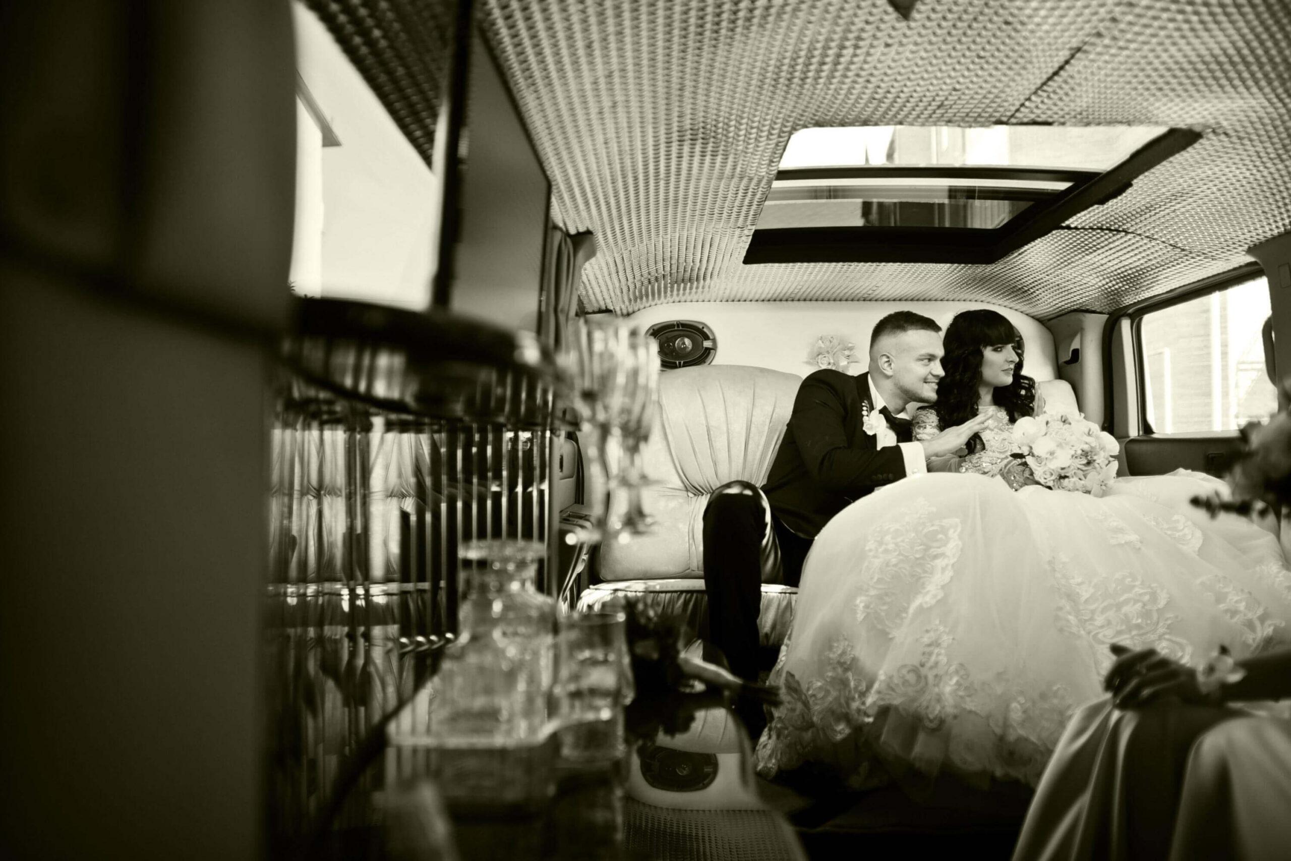 Seguin TX  wedding Limo Service