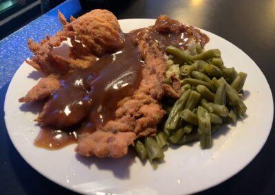 Hollars-Bar-Grill-Best-Food-Quad-Cities-Illinois (16)