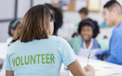 Ways to Volunteer in Michigan During COVID-19