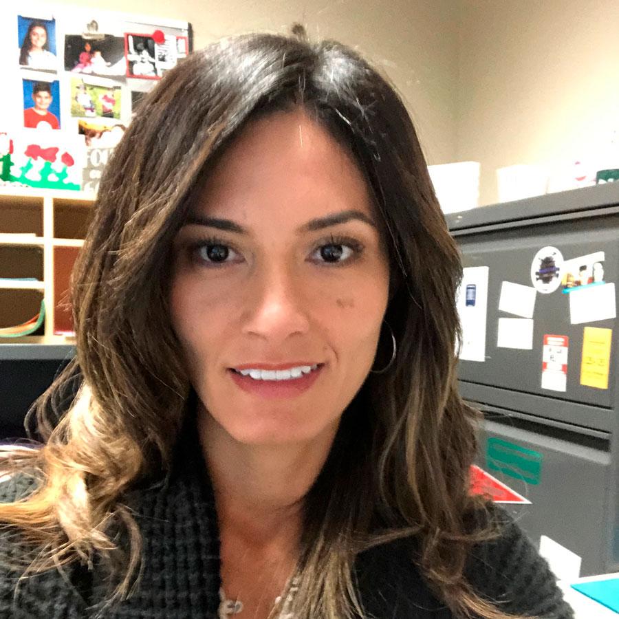 Mayra Perez, Spanish Tutor