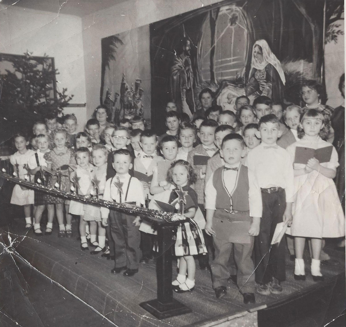 Denda Renner's Children's Christmas Program - Can you guess who is who?