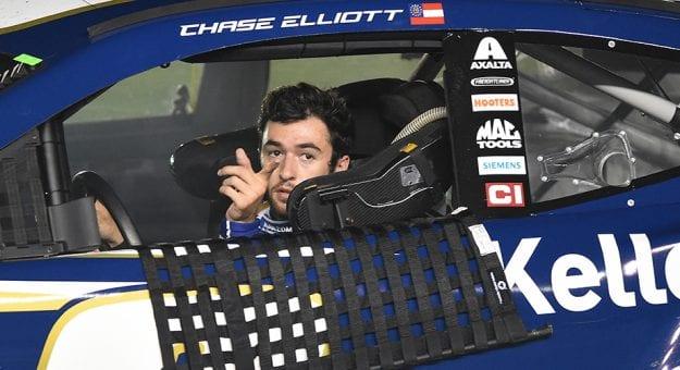 Chase Elliott vence a prova interrompida de Charlotte #2