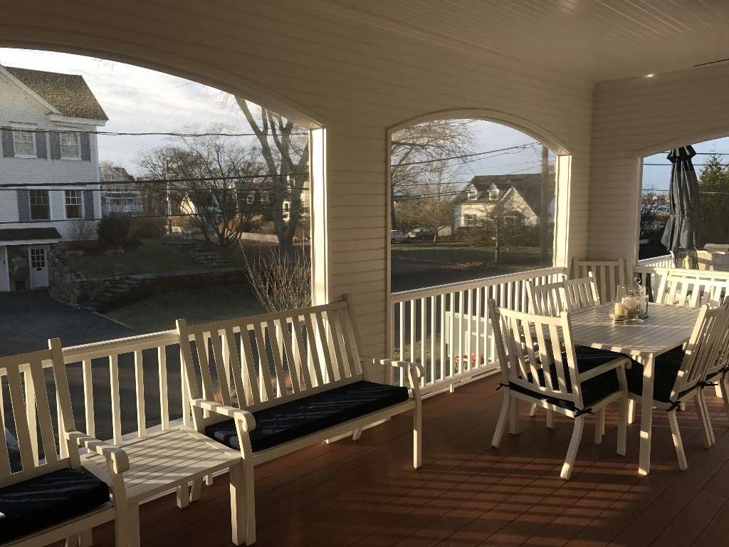 screenporch208
