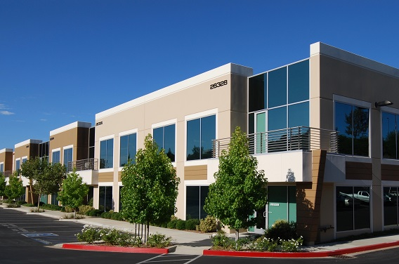 picture of the exterior of a freshly painting commercial building